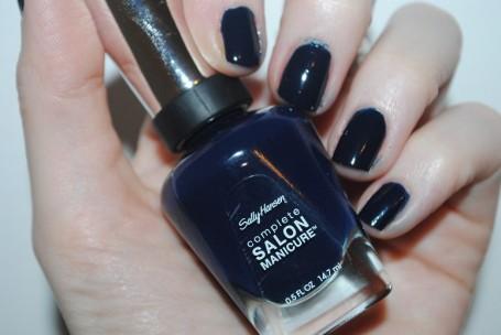 sally-hansen-complete-salon-manicure-832-night-watch-swatch