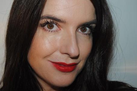 tarte-cosmetics-uk-lights-camera-lashes-mascara-swatch