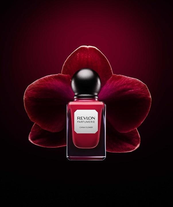 REVLON-Parfumerie-China-Flower-nail-polish