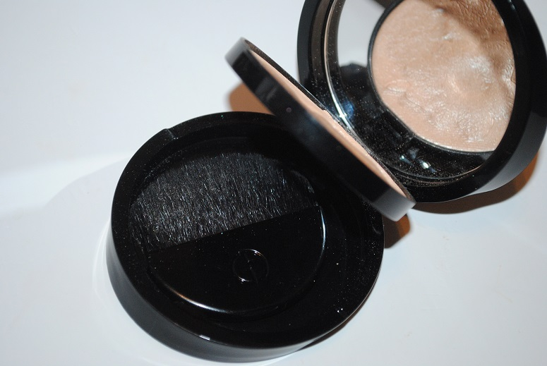 armani-spring-2014-effetto-nudo-belladonna-highlighting-palette-review
