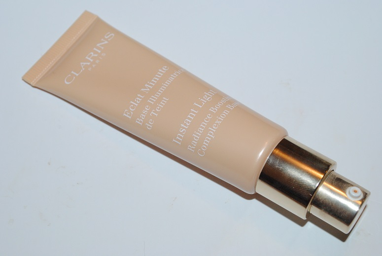 clarins-instant-light-radiance-boosting-complexion-base-review