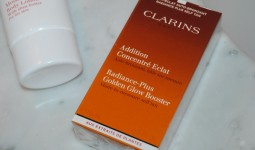 clarins-radiance-plus-golden-glow-booster-made-to-measure-self-tan-review1