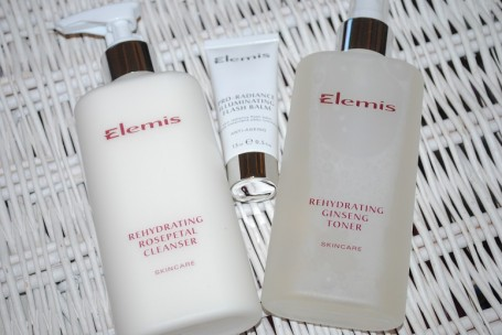 elemis-radiance-collections-rehydrating-review