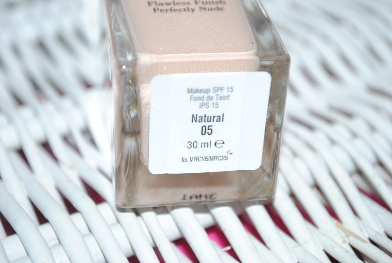 elizabeth-arden-flawless-finish-foundation-perfectly-nude-review