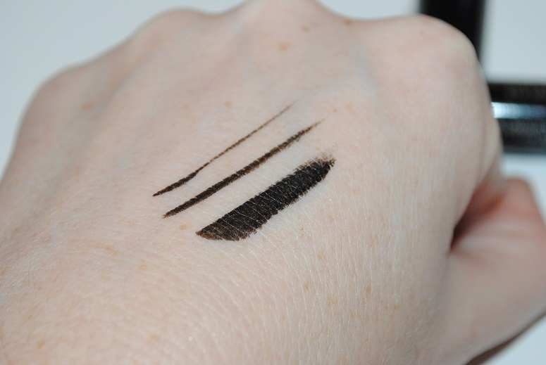 kiko-daring-look-eye-marker-swatch