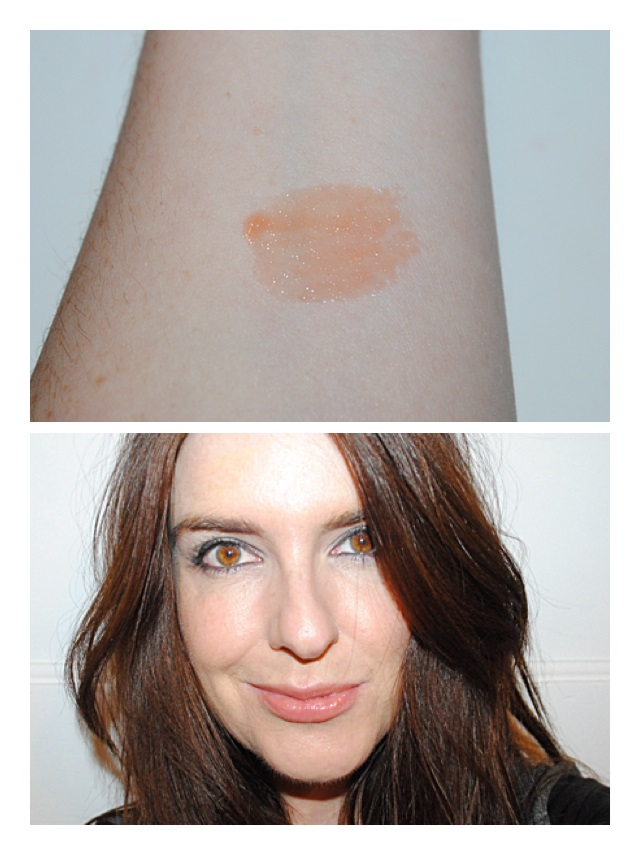 tanya-burr-lipgloss-champagne-toast-review-swatch
