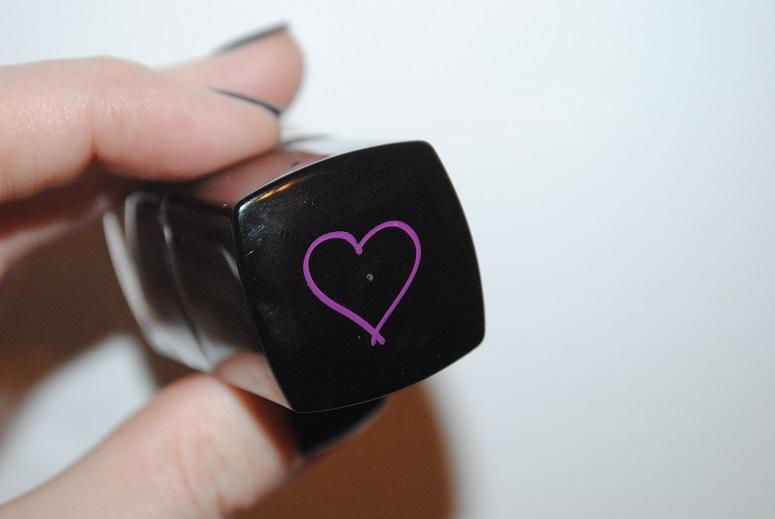 tanya-burr-nail-polish-review-packaging