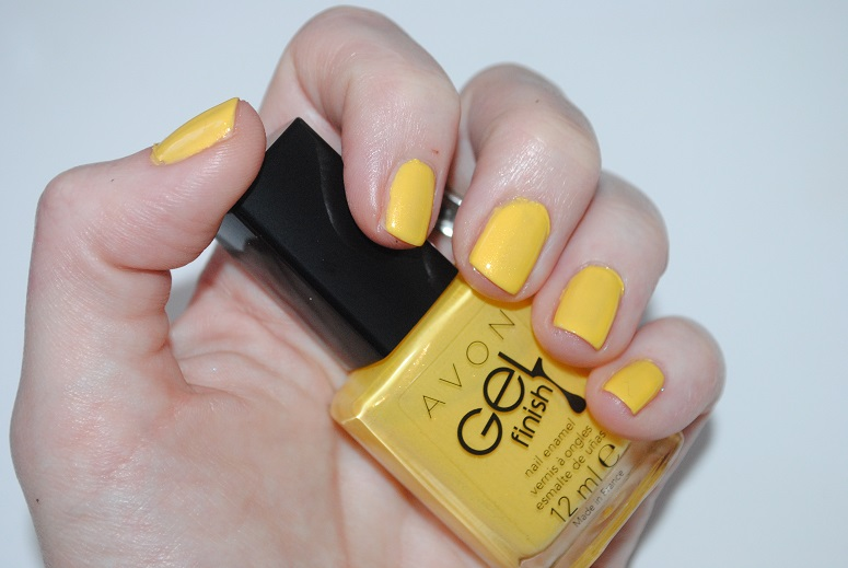 avon-gel-finish-nail-polish-swatch-limoncello