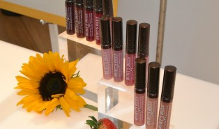 Burt's Bees Lip Gloss Review & Swatches
