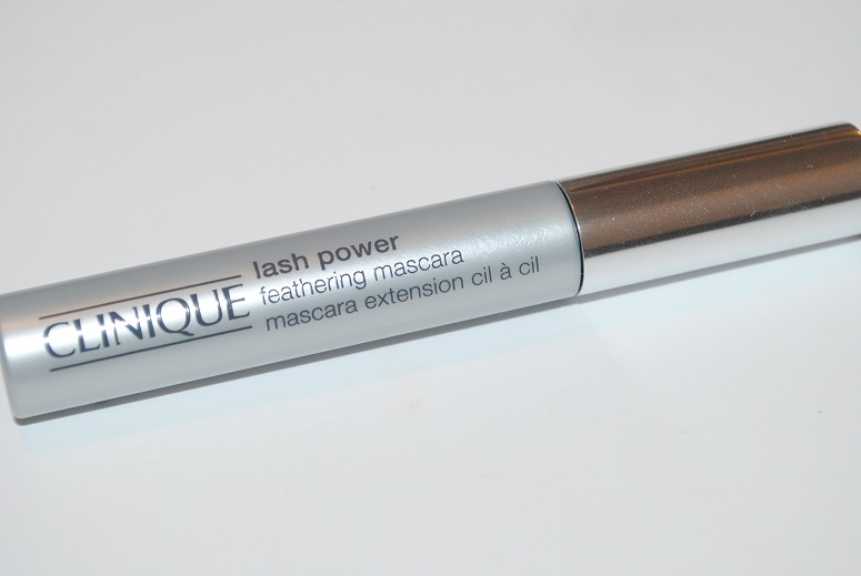 clinique-lash-power-feathering-mascara-review