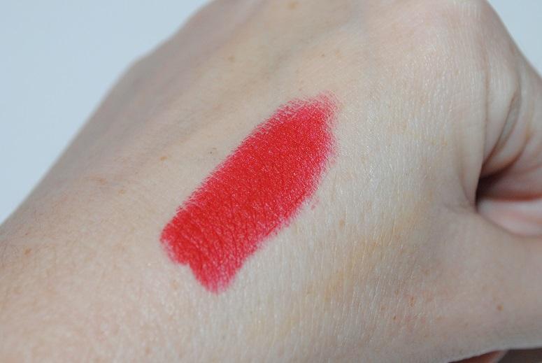 illamasqua-lipstick-maneater-swatch