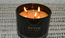 neom-love-candle-review1