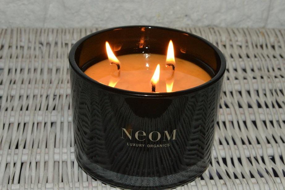 neom-love-candle-review