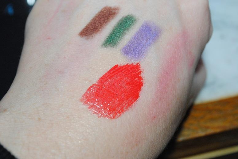 revlon-colorstay-moisture-stain-shanghai-sizzle-swatch