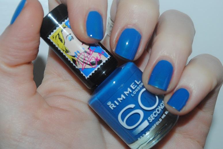 rita-ora-rimmel-nail-blindfod-me-blue-823-swatch