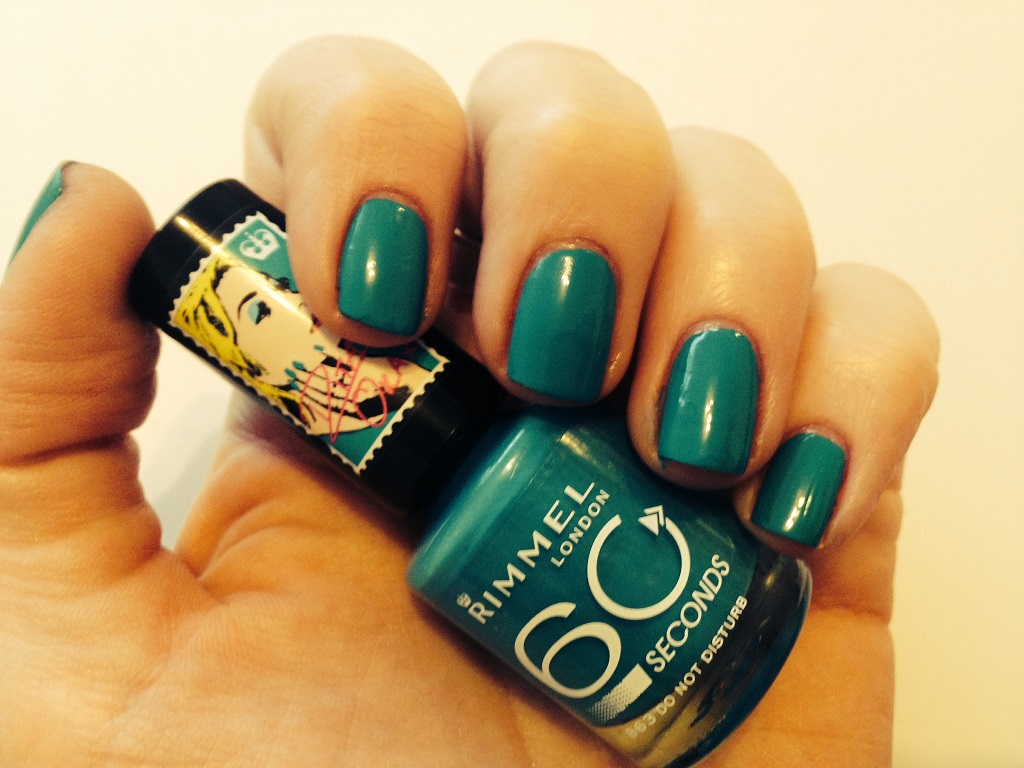 rita-ora-rimmel-nail-do-not-disturb-873-swatch