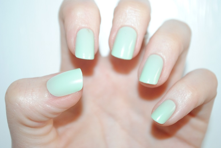 Elegant-Touch-Express-Nails-mint-review