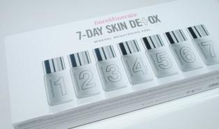 Bare Minerals 7 Day Skin Detox Mineral Brightening Peel