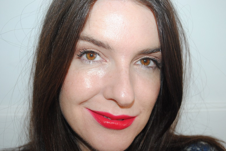bourjois-rouge-edition-velvet-lipstick-swatch-02-frambourjoise