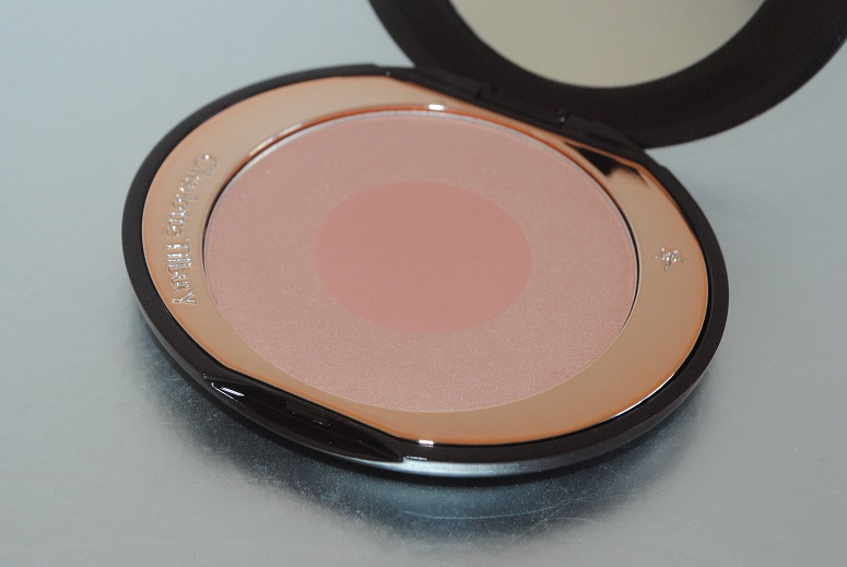 charlotte-tilbury-chic-to-cheek-blusher-review-first-love