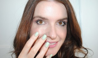 Elegant Touch Express Nails Review, Pastel Green