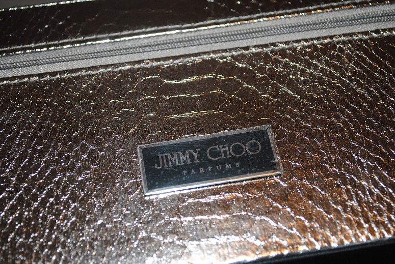 jimmy-choo-shoe-case-free-gift-with-fragrance