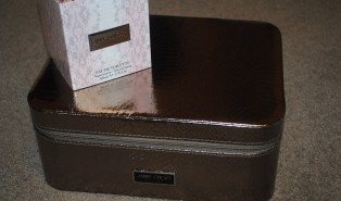Jimmy Choo Luxury Shoe Case Gift with Purchase on Fragrance