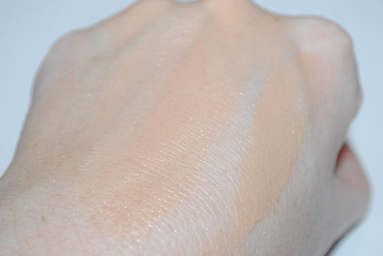 jouer-luminizing-moisture-tint-golden-review-swatch