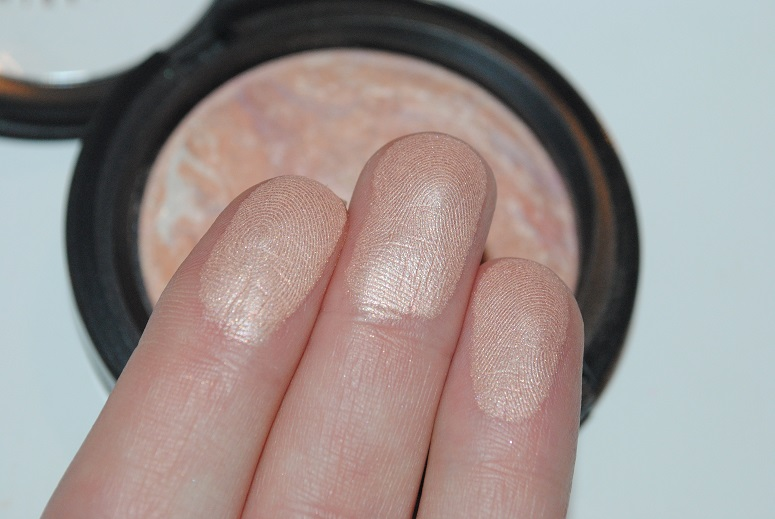 mac-mineralize-skin-finish-perfect-topping-2014-review-swatch