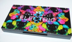 urban-decay-electric-pressed-pigment-palette-review1