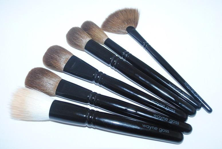 wayne-goss-face-set-makeup-brushes-review