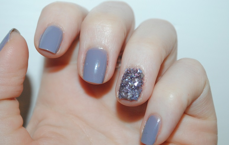 ciate-shell-manicure-review-mermaid-you-look-swatch