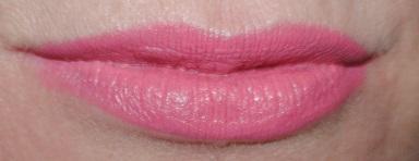 clinique-long-last-lipstick-soft-matte-petal-48-swatch