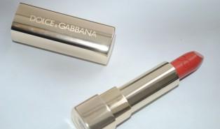 Dolce & Gabbana Classic Cream Lipstick in Succulent Review, Swatch