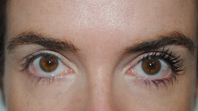 maybelline-the-colossal-go-extreme-volum-mascara-review-before-after