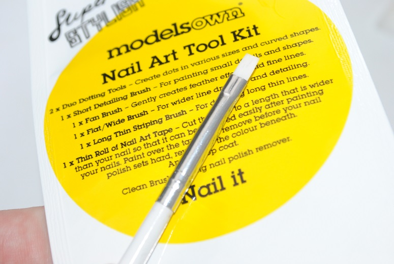 models-own-nail-art-flat-wide-brush-review