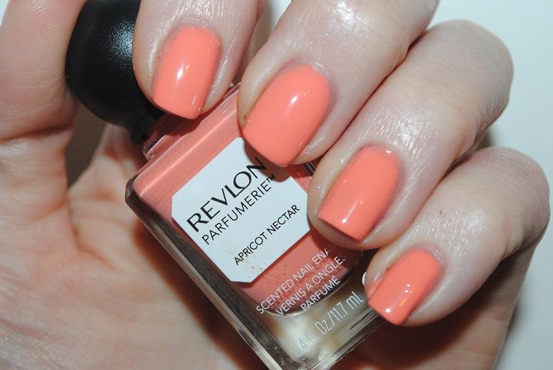 revlon-parfumerie-apricot-nectar-swatch
