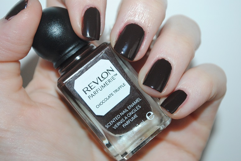 revlon-parfumerie-chocolate-truffle-nail-polish-swatch