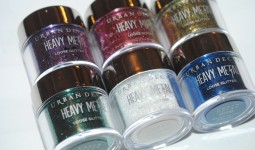 urban-decay-heavy-metal-loose-glitter-review1