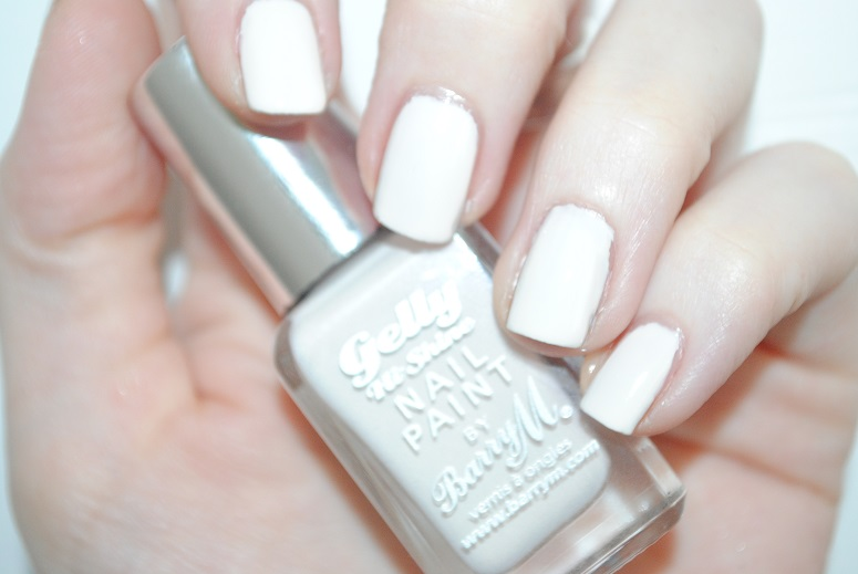 barry-m-gelly-nails-coconut-swatch-ss14