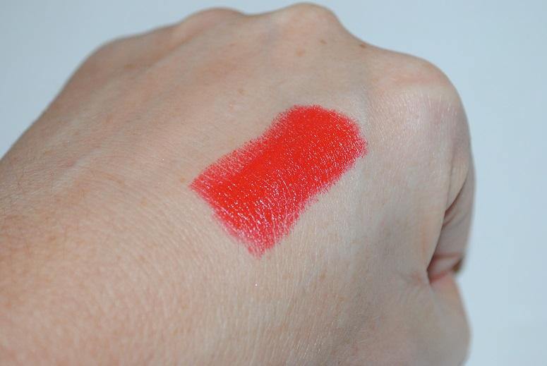 mac-pedro-lourenco-lipstick-lady-danger-swatch