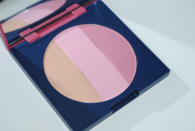 Dr-Hauschka-Chorus-Collection-Makeup-matte-shimmer-blush-trio