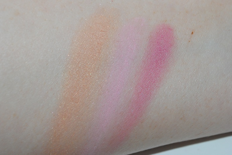 Dr-Hauschka-Chorus-Collection-Makeup-swatch-matte-shimmer-blush-trio