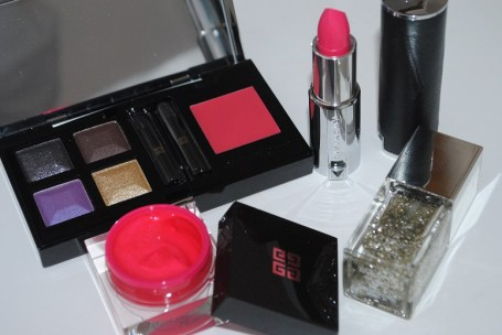 Givenchy-Fall-Winter-2014-Extravagancia-Makeup-Collection-review