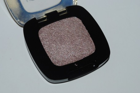 L'oreal-color-riche-mono-gel-eyeshadow-review-nude-201-cafe-saint-germain