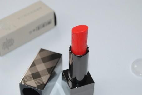 burberry-summer-showers-lip-glow-balm-review-orange-poppy