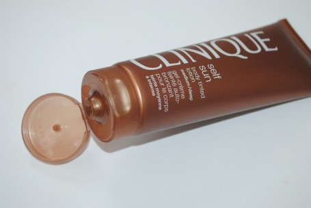 clinique-self-sun-body-tinted-lotion-review-medium-deep