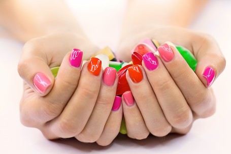how-to-paint-your-nails