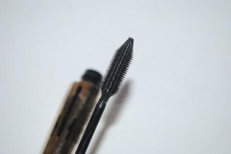 l'oreal-volume-million-lashes-mascara-review-brush
