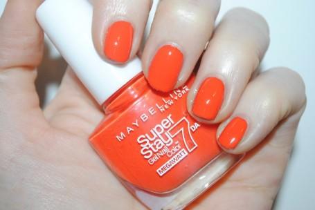 maybelline-forever-strong-super-stay-mega-watt-orange-punch-swatch
